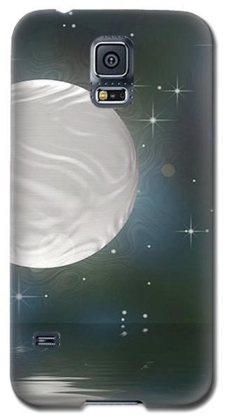 Galaxy S5 Case featuring the digital art Bella Luna by Wendy J St Christopher