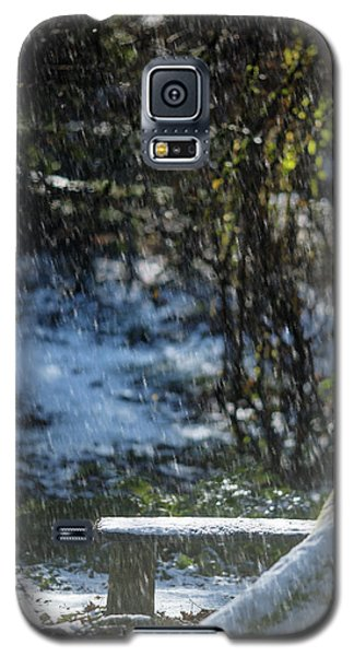 Galaxy S5 Case featuring the photograph Bench In Snow by Rebecca Cozart