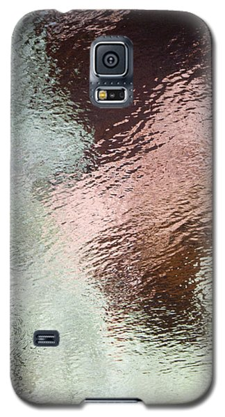 Galaxy S5 Case featuring the photograph Lady Of The Lake by Tom Vaughan