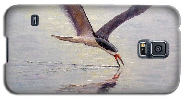 Galaxy S5 Case featuring the painting Black Skimmer by Joe Bergholm