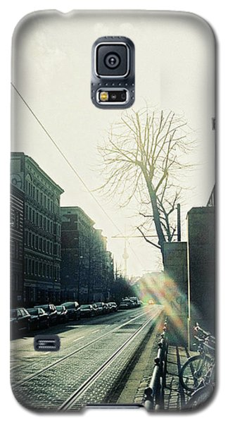 Berlin Street With Sun Galaxy S5 Case