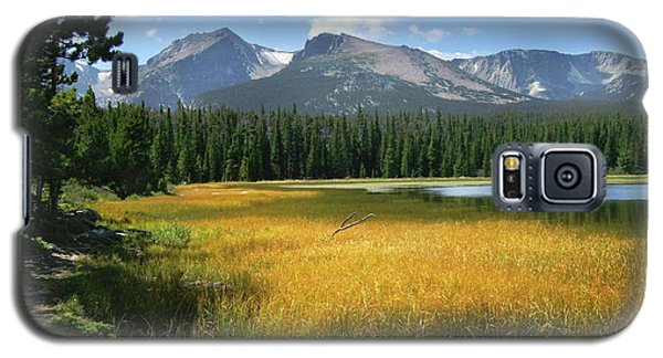 Galaxy S5 Case featuring the photograph Autumn At Bierstadt Lake by David Chandler