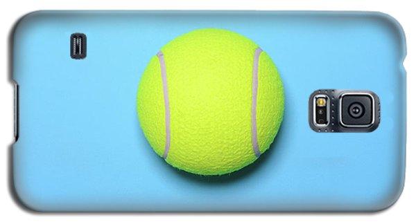 Big Tennis Ball On Blue Background - Trendy Minimal Design Top V Galaxy S5 Case
