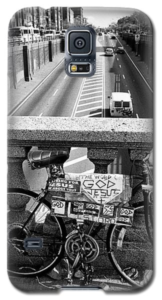 Galaxy S5 Case featuring the photograph Bike Grand Concourse Bronx by Dave Beckerman