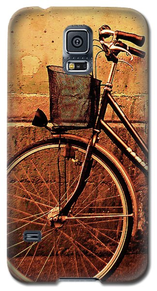 Bicycle At Rest, Paris  Galaxy S5 Case