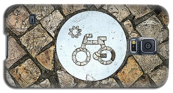 Bike Path Sign On A Cobblestone Pavement Galaxy S5 Case