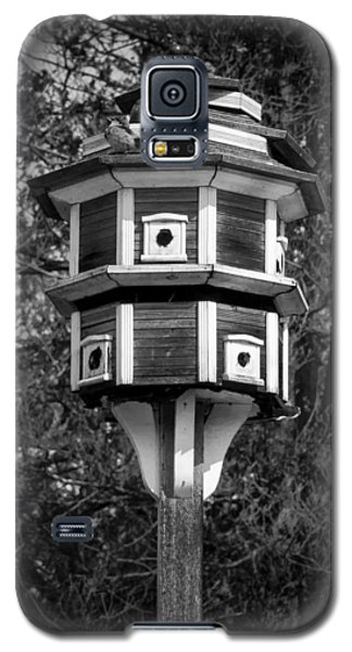 Galaxy S5 Case featuring the photograph Bird House by Jason Moynihan
