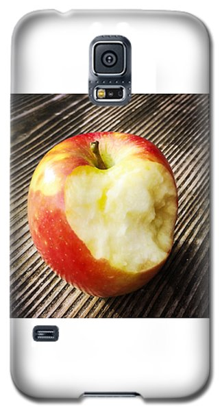 Food And Beverage Galaxy S5 Case - Bitten Red Apple by Matthias Hauser