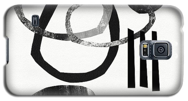 The White House Galaxy S5 Case - Black And White- Abstract Art by Linda Woods