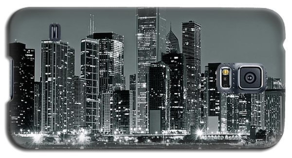 Galaxy S5 Case featuring the photograph Black And White And Grey Chicago Night by Frozen in Time Fine Art Photography