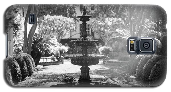 Black And White Charleston Fountain Galaxy S5 Case