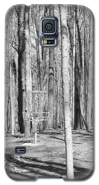 Black And White Disc Golf Basket Galaxy S5 Case by Phil Perkins