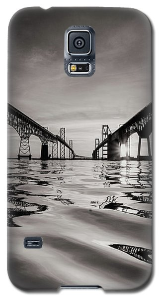 Black And White Reflections Galaxy S5 Case