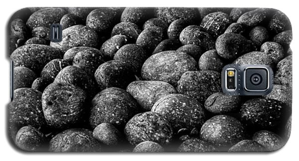 Black And White Stones Two Galaxy S5 Case by Kevin Blackburn