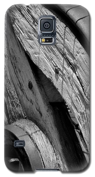 Black And White Wagon Wheel 1 Galaxy S5 Case