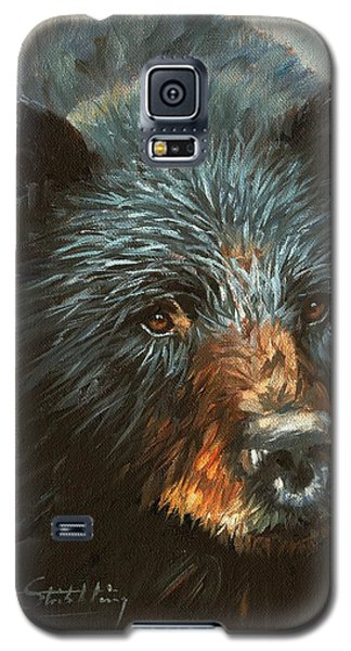 Galaxy S5 Case featuring the painting Black Bear by David Stribbling