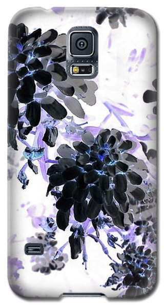 Galaxy S5 Case - Black Blooms I by Orphelia Aristal