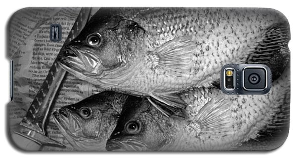 Black Crappie Panfish With Fish Filet Knife In Black And White Galaxy S5 Case