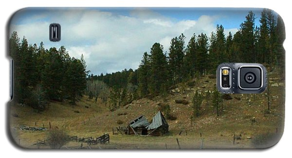 Black Hills Broken Down Cabin Galaxy S5 Case