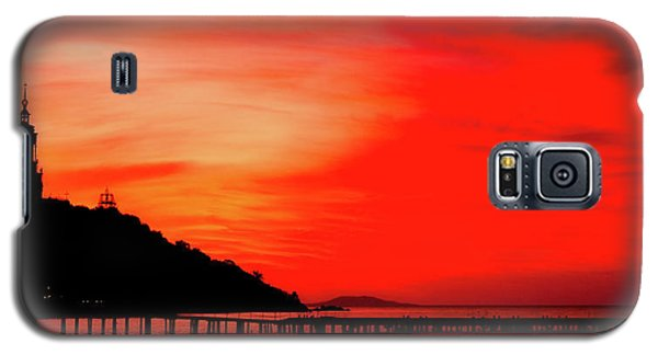Black Sea Turned Red Galaxy S5 Case by Reksik004