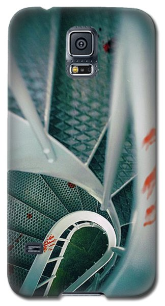 Galaxy S5 Case featuring the photograph Bloody Stairway by Carlos Caetano