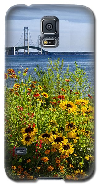 Blooming Flowers By The Bridge At The Straits Of Mackinac Galaxy S5 Case