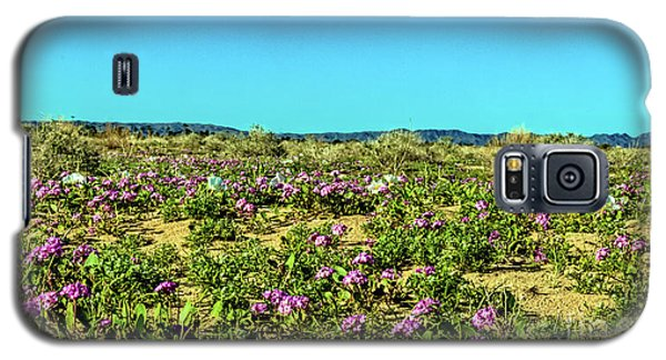 Galaxy S5 Case featuring the photograph Blooming Sand Verbena by Robert Bales