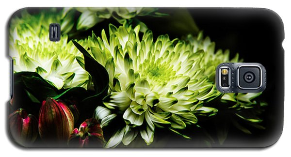 Blooming White Dahlia Galaxy S5 Case