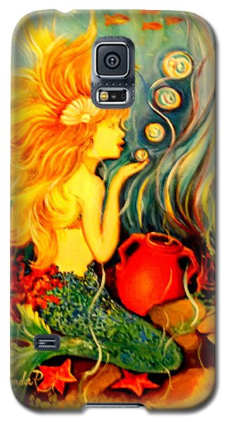 Galaxy S5 Case featuring the painting Blowing Bubbles by Yolanda Rodriguez