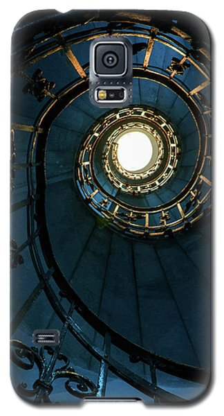 Galaxy S5 Case featuring the photograph Blue And Golden Spiral Staircase by Jaroslaw Blaminsky