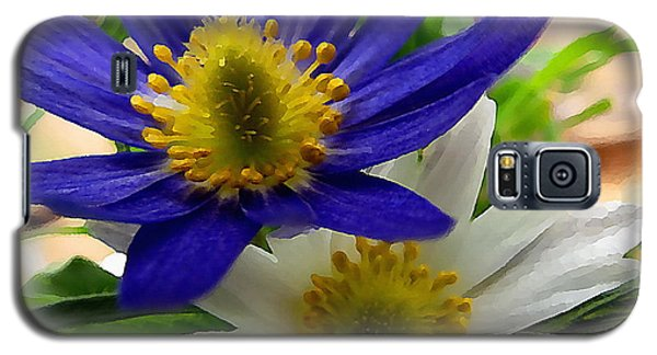 Blue And White Anemones Galaxy S5 Case