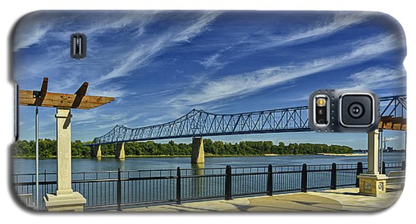 Galaxy S5 Case featuring the photograph Blue Bridge And Smothers Park by Wendell Thompson
