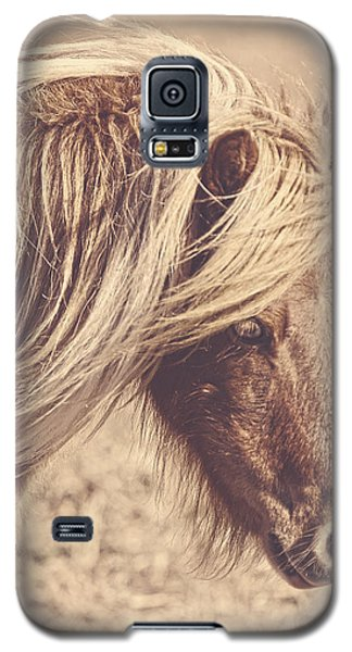 Galaxy S5 Case featuring the photograph Blue Eyes Vintage by Amanda Smith