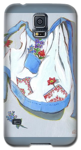Galaxy S5 Case featuring the painting Blue Handkerchief Apron by Susan Thomas