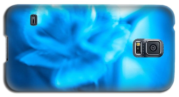 Galaxy S5 Case featuring the photograph Blue Heaven by Cathy Dee Janes