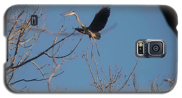 Galaxy S5 Case featuring the photograph Blue Heron Landing by David Bearden