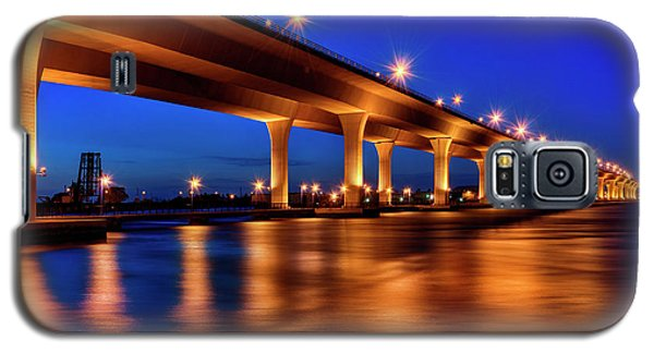 Blue Hour At Roosevelt Bridge In Stuart Florida  Galaxy S5 Case by Justin Kelefas