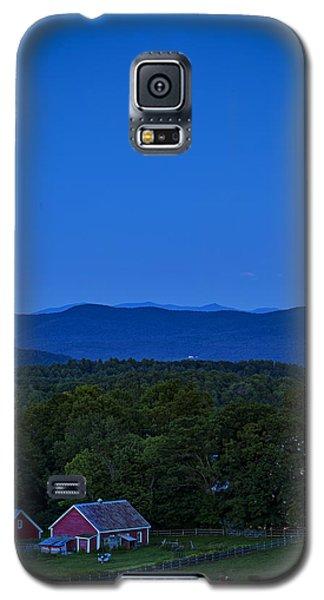 Blue Moon Rising Over Church Steeple Galaxy S5 Case