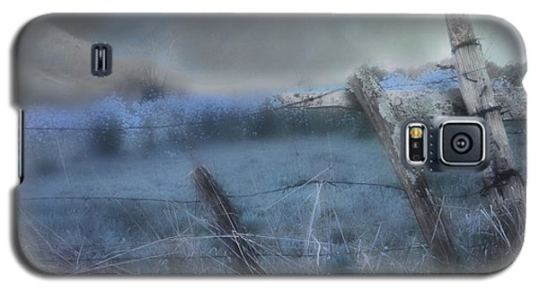 Galaxy S5 Case featuring the painting Blue Ridge Morning by Gray  Artus