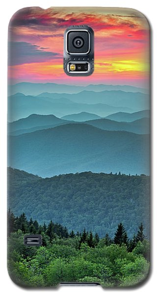 Sunset Galaxy S5 Case - Blue Ridge Parkway Sunset - The Great Blue Yonder by Dave Allen