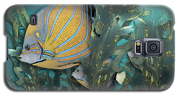 Blue Ring Angelfish In Kelp Galaxy S5 Case