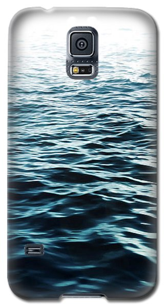 Galaxy S5 Case featuring the photograph Blue Sea by Nicklas Gustafsson