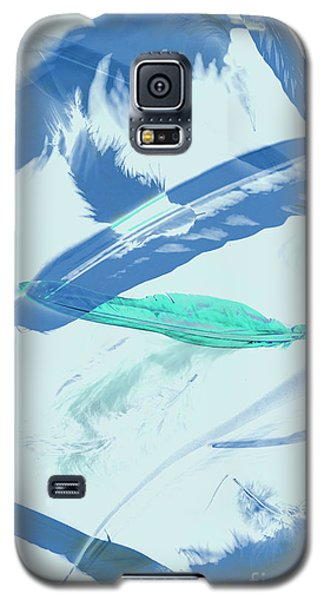 Blue Toned Artistic Feather Abstract Galaxy S5 Case