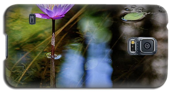 Blue Water Lily Galaxy S5 Case