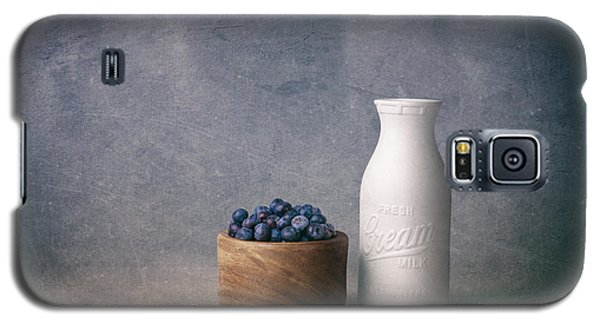 Blueberries And Cream Galaxy S5 Case by Tom Mc Nemar