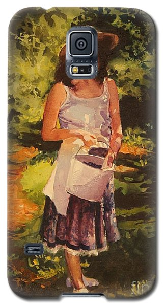 Galaxy S5 Case featuring the painting Blueberry Girl by Elizabeth Carr