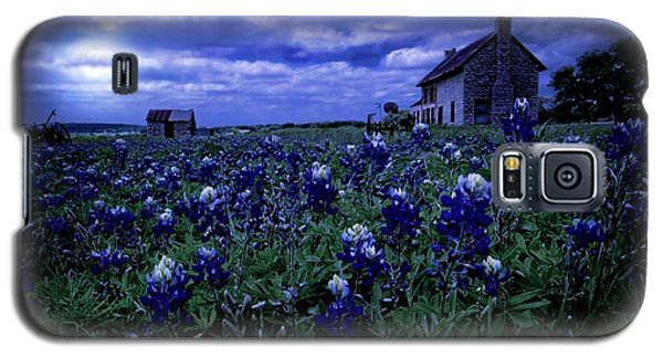 Galaxy S5 Case featuring the photograph Bluebonnets In The Blue Hour by Linda Unger