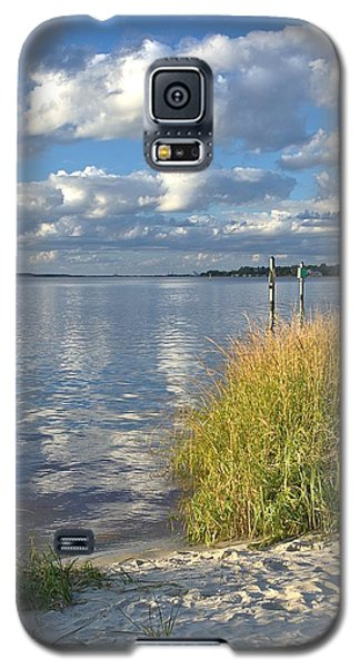 Blues Skies Of The Cape Fear River Galaxy S5 Case