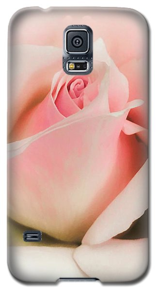 Blushing Petals Galaxy S5 Case