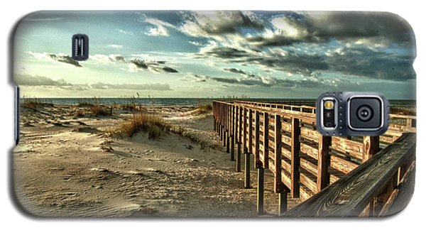 Boardwalk On The Beach Galaxy S5 Case